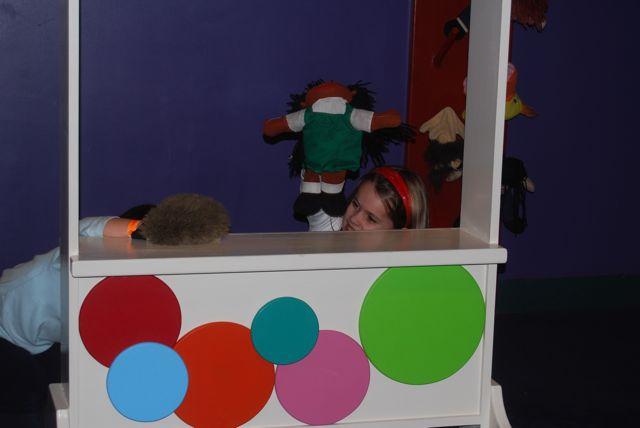 Kameran Puppet Show