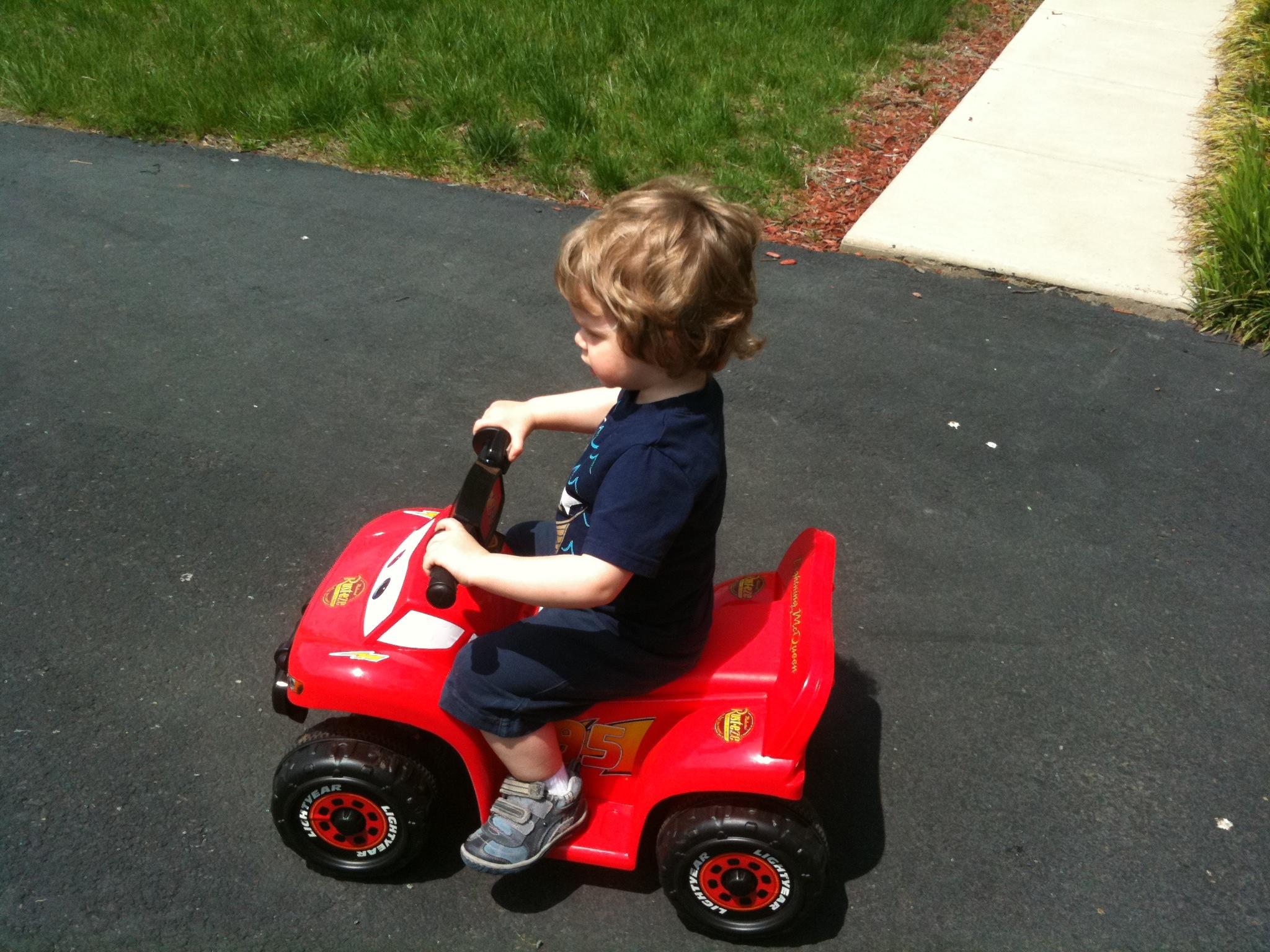 Alex 4-Wheeling